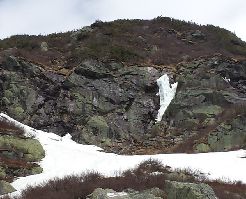 The remainder of Sluice Ice, taken from the Bastow Rock.